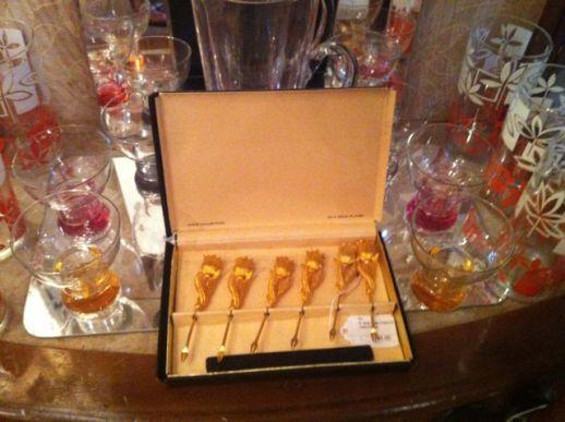 Vintage gold tulip cocktail forks