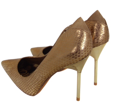 Sam Edelman gold snakeskin metallic heels are well priced and will go with compliment anything neutral.