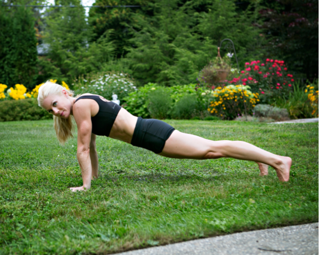 Ditch the traditional crunch for front and side planks.